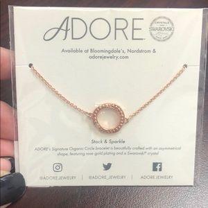 NWT! Adore circle bracelet